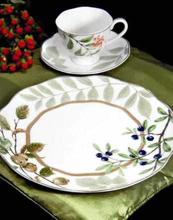Servizio Berries and Brambles Forma Casual Collection