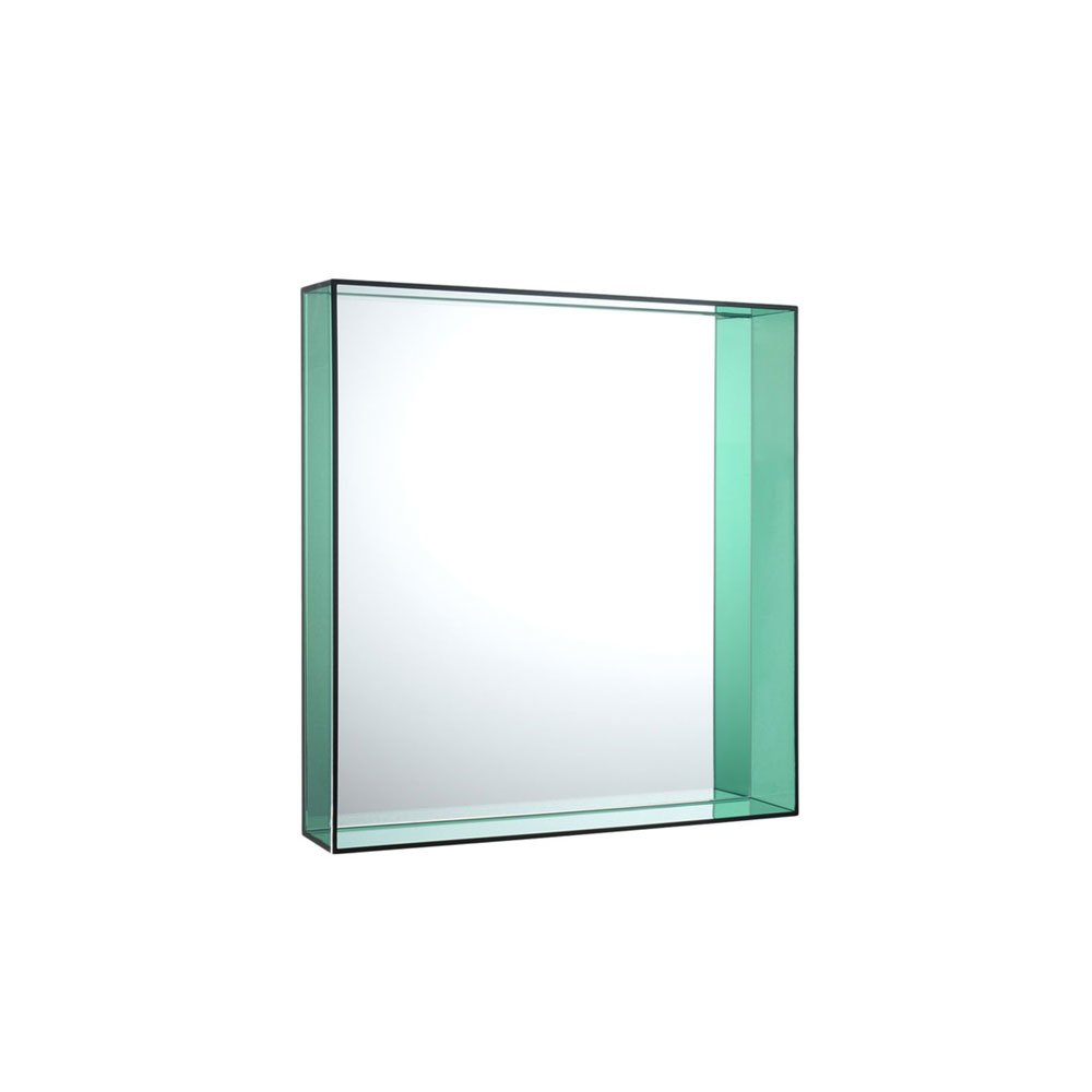 Catalogue miroir only me kartell designbest for Miroir philippe starck