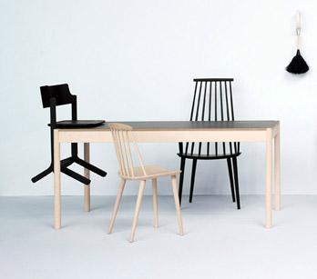 Tisch C44