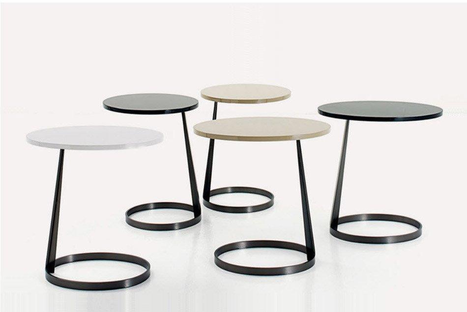beistelltische design designer beistelltisch private space aus eschenholz 3er set design. Black Bedroom Furniture Sets. Home Design Ideas