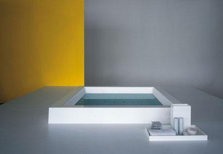 Bathtub Grande Step