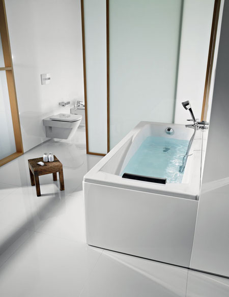 Bathtub Hall