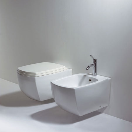 Wc and bidet 750