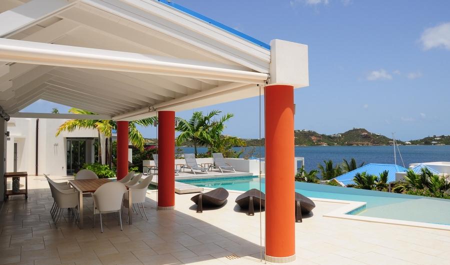 Design italiano in una villa da sogno nei Caraibi