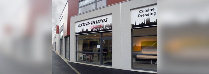 Extra Muros